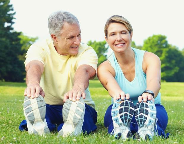 Tập thể dục hỗ trợ điều trị bệnh viêm khớp.