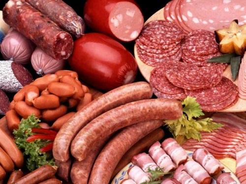 Thực phẩm chế biến sẵn là yếu tố nguy cơ gây ung thư đại tràng