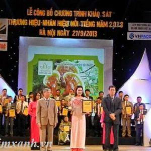 cong-ty-tnhh-nong-lam-san-tien-phuoc-dat-giai-thuong-hieu-nhan-hieu-noi-tieng-2013
