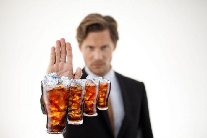 Hạn chế tối đa sử dụng nước ngọt có ga trong quá trình giảm cân