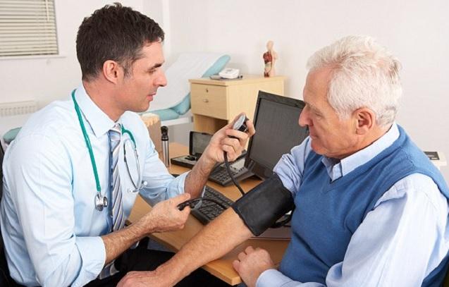 Khám sức khoẻ định kỳ để phòng những bệnh thường gặp ở người cao tuổi hiệu quả.
