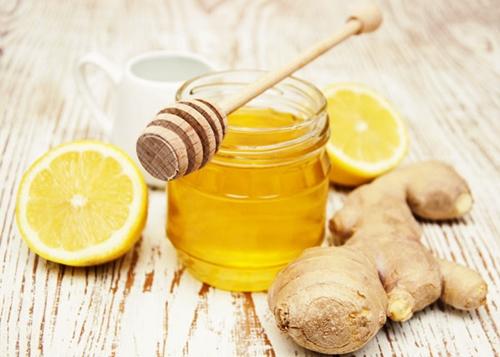 Gừng, mật ong tốt cho gan, hỗ trợ giải độc gan nhanh chóng.