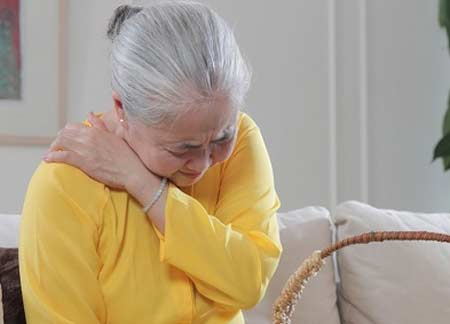 giảm viêm đau khớp vào mùa lạnh nhờ nấm lim xanh