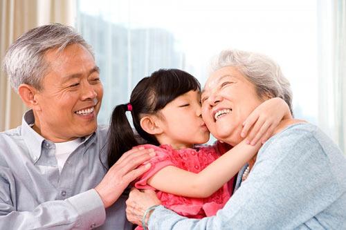 Nấm lim xanh giúp người già vui khỏe bên con cháu