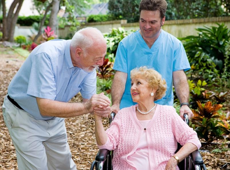 Bệnh nhân ung thư sống lâu hơn khi chăm sóc tại nhà