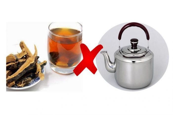 Không dùng ấm kim loại để nấu nấm lim xanh chữa bệnh dạ dày