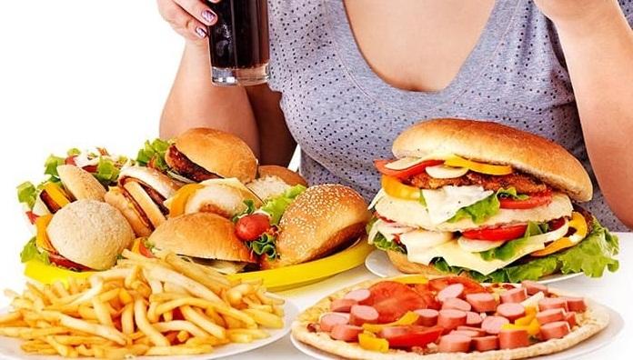 Thực phẩm người máu nhiễm mỡ nên kiêng.