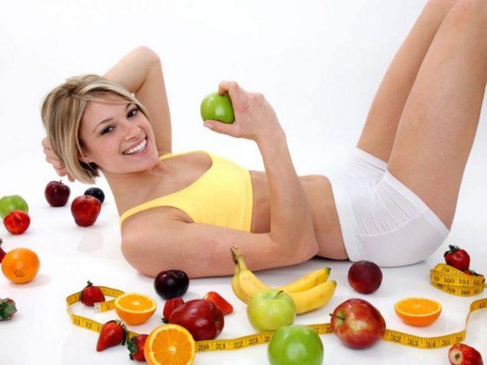 Ăn nhiều rau quả là một mẹo giảm cân nhanh, đơn giản.