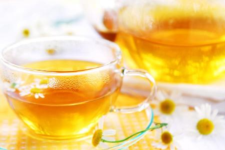 Bài thuốc dân gian trị dạ dày với trà hoa cúc