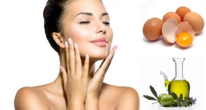 Da khô nên dùng mặt thiên nhiên từ dầu oliu và lòng đỏ trứng gà.