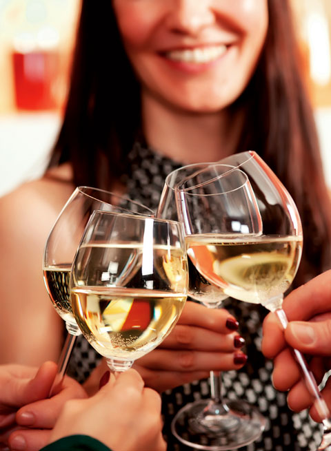 Rượu vang trắng là tác nhân gây ung thư da