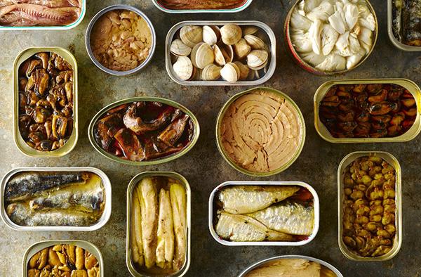 Hạn chế các món ăn gây ung thư từ đồ hộp