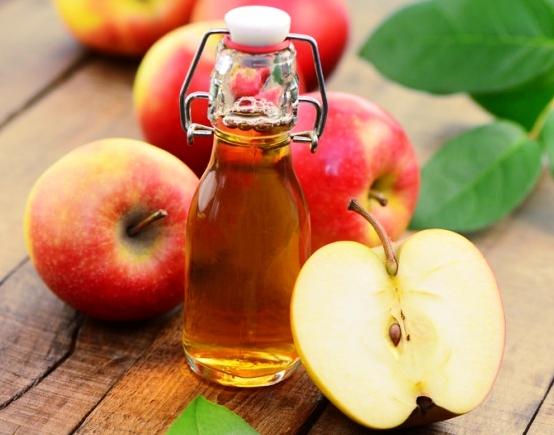Táo là loại hoa quả tốt cho người bị mỡ trong máu cao.