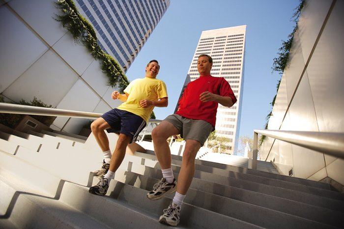 Tập thể dục thường xuyên là cách phòng ngừa biến chứng tiểu đường hiệu quả.
