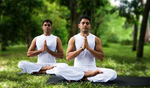 Ngồi thiền giúp cân bằng hormone tự nhiên