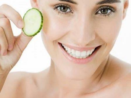 Cân bằng nội tiết tố giúp trị nám da tại nhà