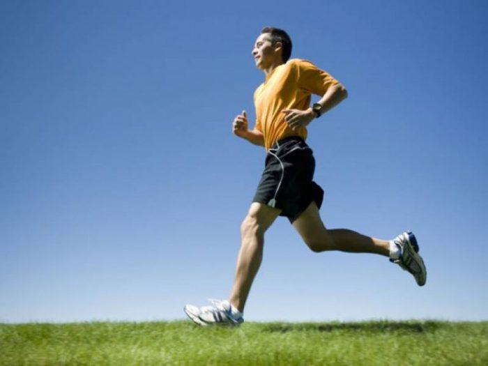 Tập thể dục đều đặn để phòng bệnh máu nhiễm mỡ