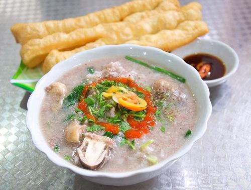 Cháo bào ngư là món ăn dễ làm, dễ ăn và mang lại dinh dưỡng cao.