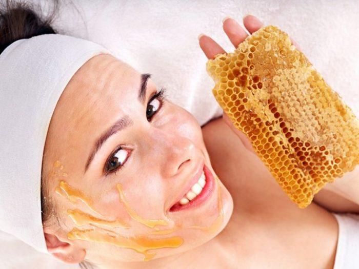 Mật ong giúp phục hồi và làm đẹp da