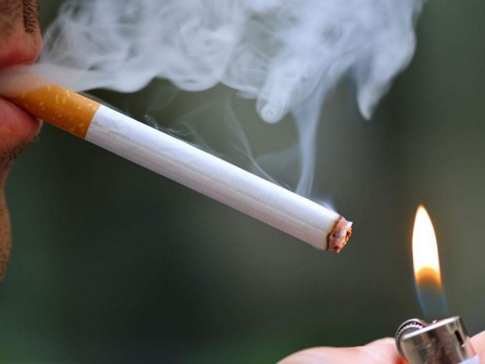 Hút thuốc lá nhiều dẫn đến ung thư máu