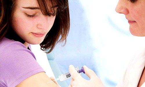 Tiêm phòng chủng HPV là phương pháp phòng ngừa ung thư cổ tử cung hiệu quả
