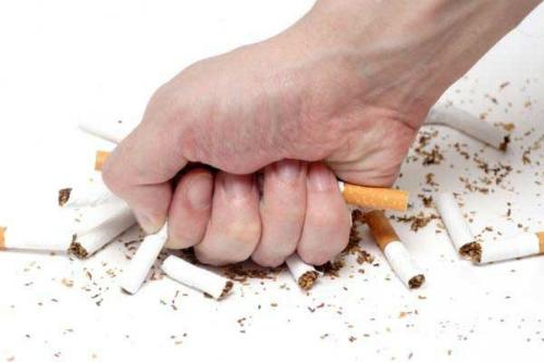 Không hút thuốc lá là một trong những phương pháp phòng ngừa ung thư vòm họng.