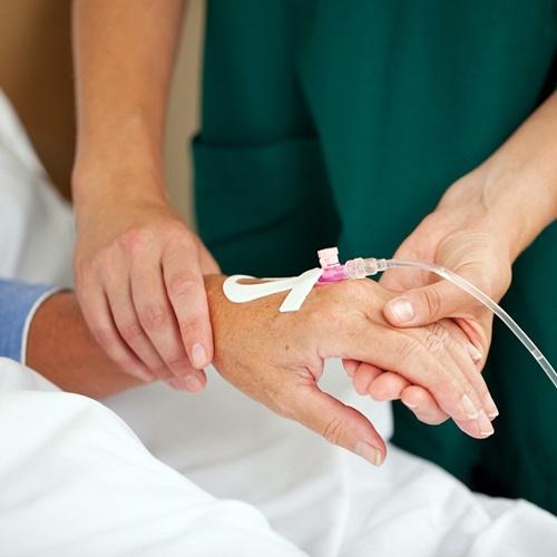 Bác sỹ chẩn đoán bị ung thư phổi sống được bao lâu