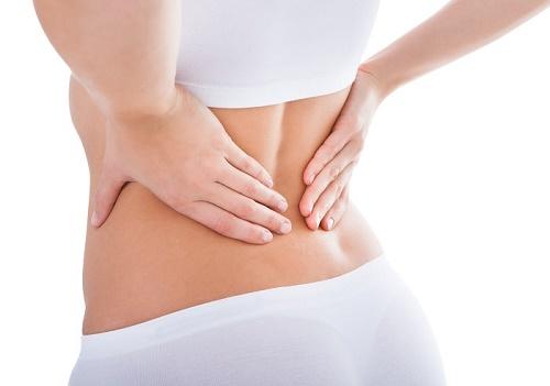 Đau lưng cũng là triệu chứng của ung thư buồng trứng