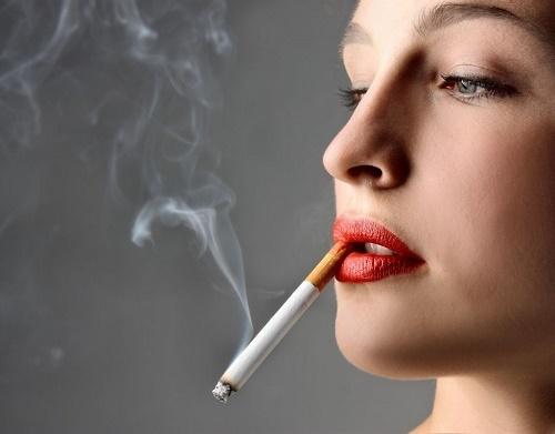 Hút thuốc lá là nguyên nhân gây ung thư lưỡi