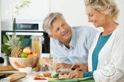 Cần có chế độ dinh dưỡng cho người bị ung thư