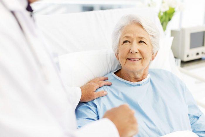 Bệnh ung thư đại tràng nên được điều trị như thế nào?