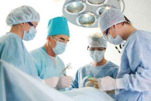 Tia xạ là cách điều trị bệnh ung thư vòm họng phổ biến