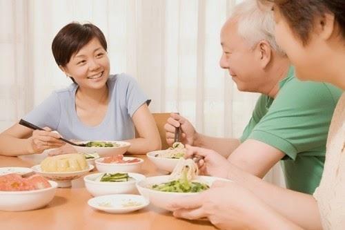 Chế độ dinh dưỡng đầy đủ giúp tăng cường thể lực bệnh nhân