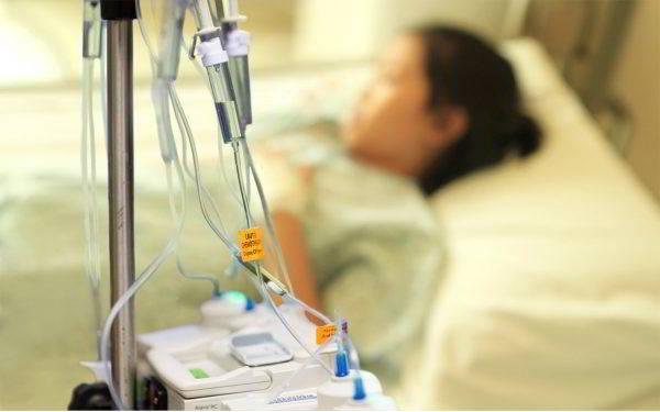 Hóa trị liệu là phương pháp điều trị bệnh ung thư buồng trứng phổ biến