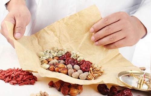 Kết hợp thảo dược thiên nhiên để điều trị ung thư dạ dày