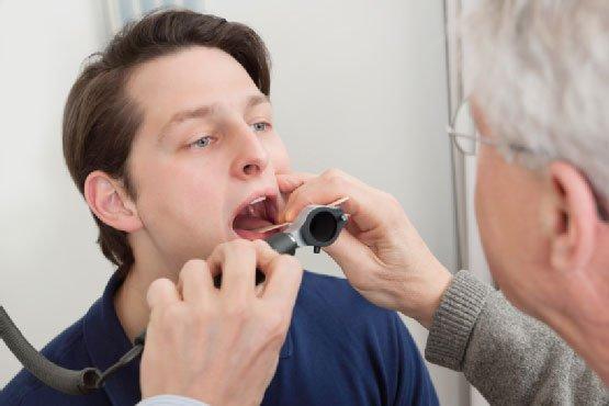 Triệu chứng bệnh ung thư phổi có thể biểu hiện qua đường hô hấp