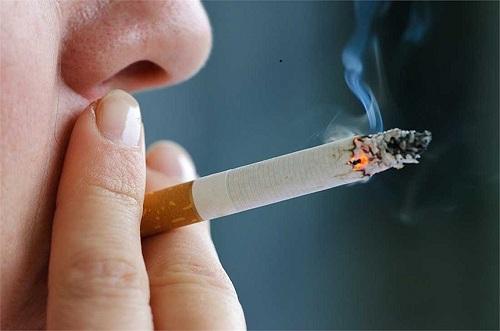 Hút thuốc lá là nguyên nhân gây bệnh ung thư phổi