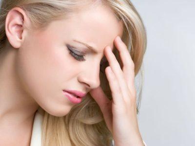 Nhức đầu một bên có thể là biểu hiện của ung thư vòm họng giai đoạn 2