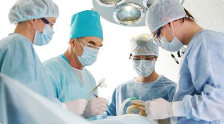 Phẫu thuật cắt bỏ khối u ung thư lưỡi