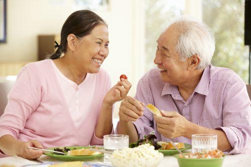 Phòng bệnh ung thư đại tràng từ chế độ ăn uống hàng ngày