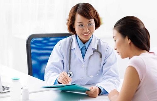 Tầm soát ung thư cổ tử cung là gì. Nên tiến hành tầm soát khi 21 tuổi trở lên.
