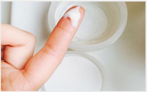 Khí hư là dấu hiệu quan trọng nhận biết ung thư cổ tử cung giai đoạn đầu.