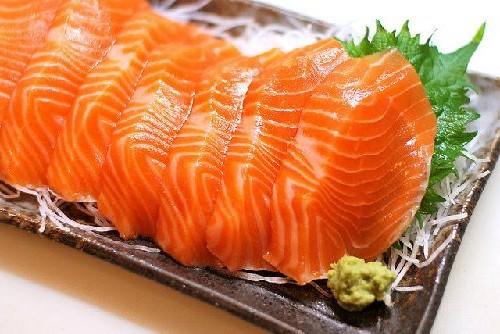 Cá hồi là thực phẩm chứa nhiều dưỡng chất có lợi đối với sức khỏe nhất
