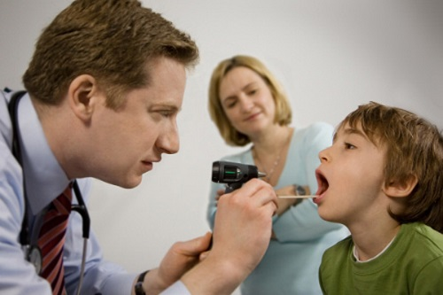 Trẻ em có bị ung thư vòm họng không