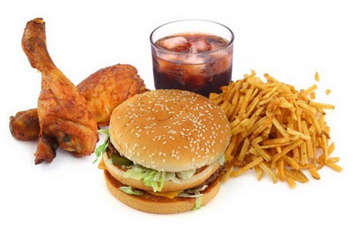 Không ăn thức ăn nhanh và thực phẩm nhiều dầu mỡ