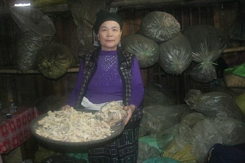 Bà lang Quỳnh chữa ung thư
