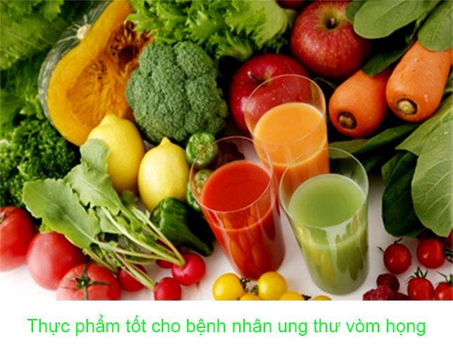 Bệnh nhân ung thư họng nên ăn nhiều hạnh nhân, uống nước mía, nước ép lê, cà rốt, táo, kiwi… sau xạ trị