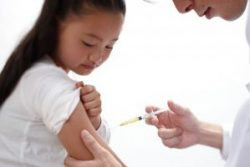 Tiêm phòng viêm gan B là cách đơn giản để phòng tránh ung thư gan
