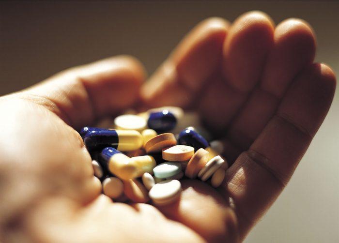Một trong các loại thuốc điều trị ung thư hiện nay là thuốc Tây Y