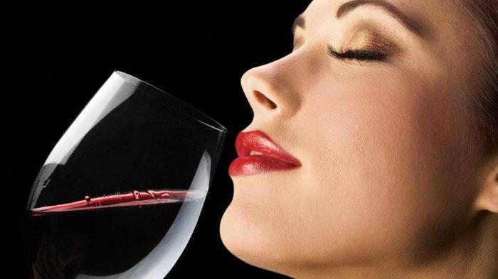 Thưởng thức rượu nho cần sự tỷ mỉ